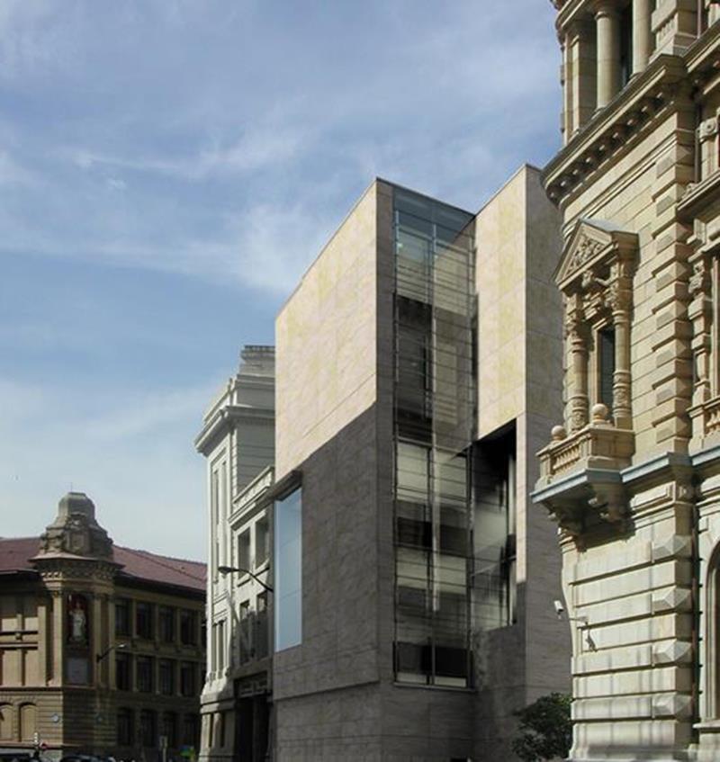 Bibliotheca_Bilbao_ext2.jpg